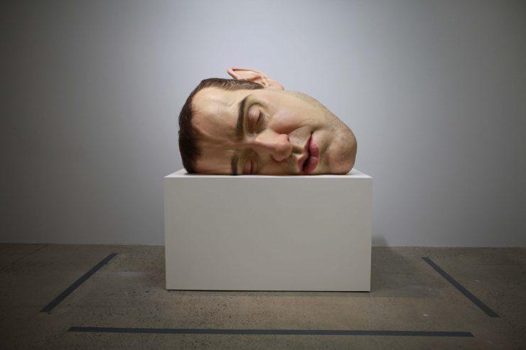 Ron Mueck, Mask II, resina, siliconi, vetroresina, 2011